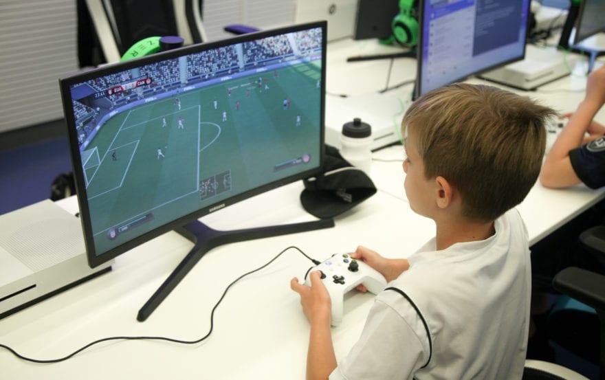 ¡Culmina con éxito la primera edición del Campus Experience Fundación Real Madrid de Fútbol y Gaming Responsable!